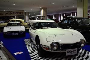 トヨタ2000GT 2台